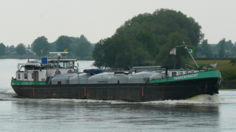 Archoil AR6915 minimizes smoke emissions on MS Prinsengracht